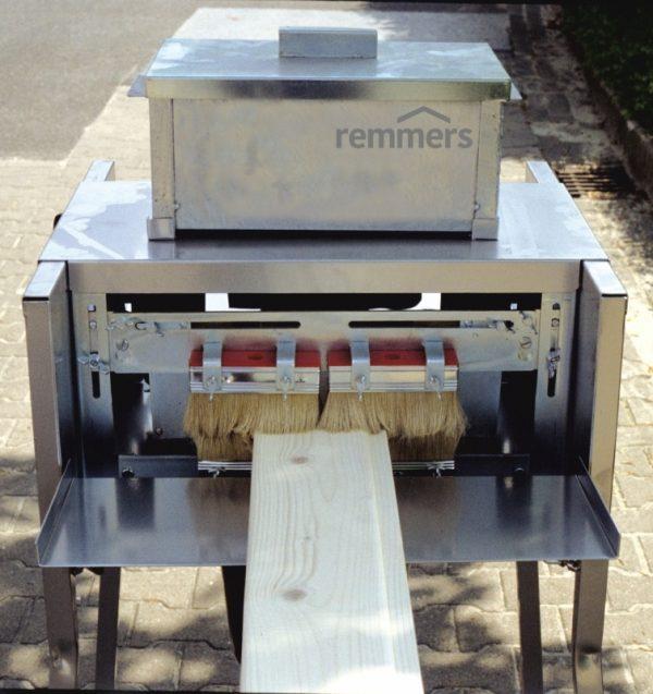 Medinių lentų dažymo įrenginys